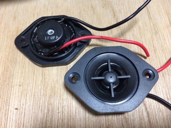 ビクター PS-S10Bを分解、ピエゾ式ツイーターの画像