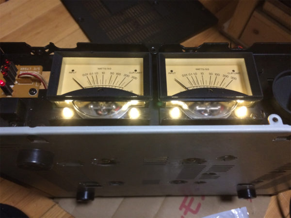 YAMAHAパワーアンプHC-1500のパワーメーターのランプ切れ修理完了