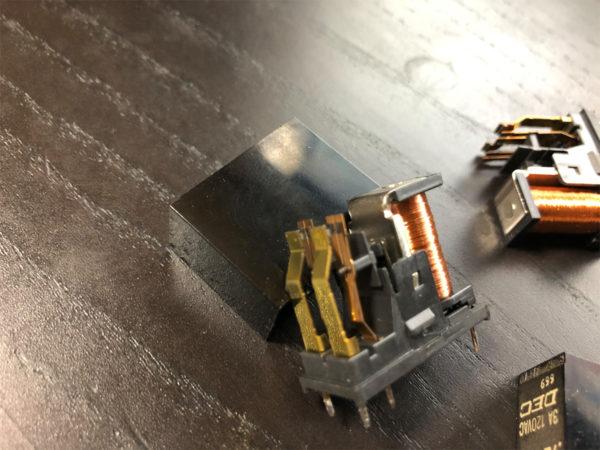 YAMAHA AX-10、劣化したスピーカーリレー