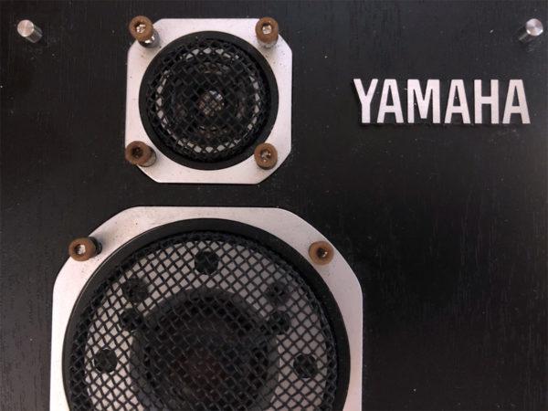 YAMAHA NS-1000MM、ネジが錆びてます