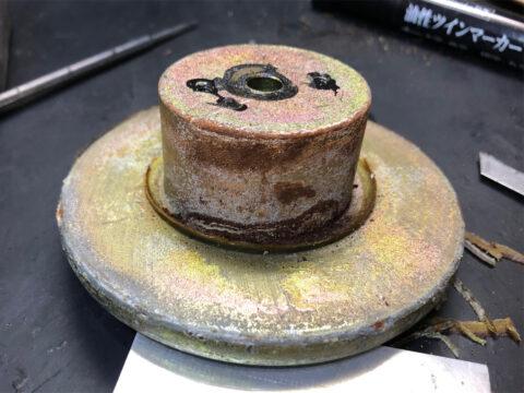 TRIO/トリオ LS-77、ヨーク&バックプレートの錆汚れ