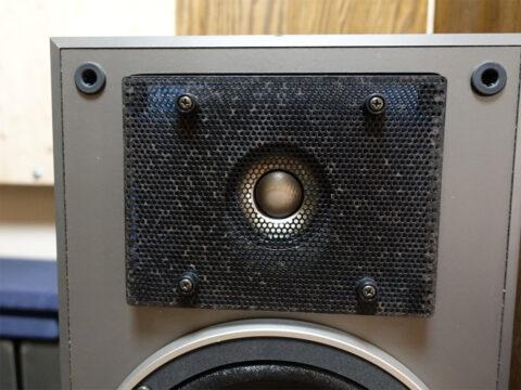 SONY/ソニー SS-R1、アコースティックレンズ(音響レンズ)の錆